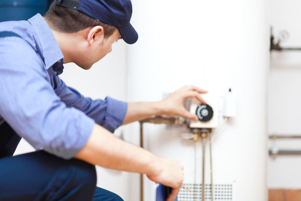 Pourquoi votre chauffe-eau ne fournit pas assez d'eau chaude ?